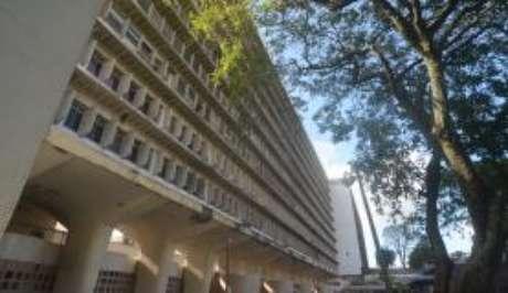 O Hospital das Clínicas da Universidade Federal de Pernambuco (UFPE) é uma das cinco unidades habilitadas pelo Ministério da Saúde para realização de cirurgia de redesignação sexual