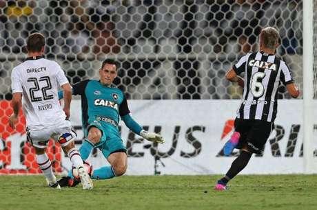 A estratégia de Jair para fazer um Botafogo 'operário' bater o campeão