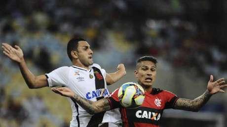 Rafael Marques assumiu titularidade e vem vivendo bom momento no Vasco (Foto: Armando Paiva/AGIF)