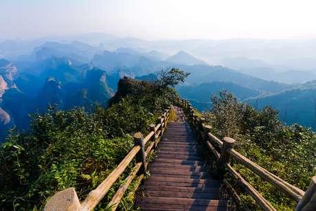 Cidade de Pedra? Conheça lugares incríveis com muito verde sem sair da capital!
