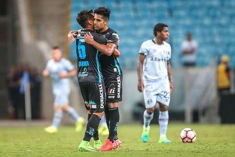 Gremio vence 3-2 al Deportes Iquique