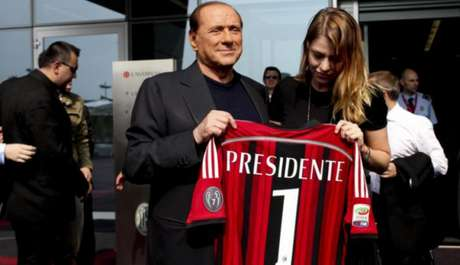 Berlusconi é presidente do Milan desde 1986 (Foto: Divulgação)