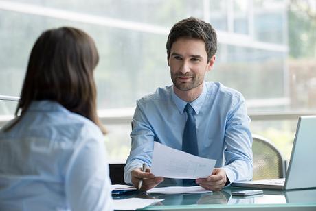 A habilidade comportamental de um profissional pode determinar não só a sua permanência na empresa, mas até garantir uma promoção