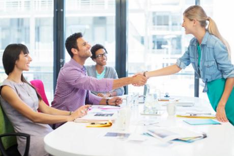 A ansiedade antes da entrevista de emprego é um muito comum, principalmente para quem vai fazer a sua primeira entrevista.