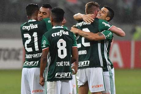 Palmeiras vence 3-2 al Peñarol con un gol al minuto 99