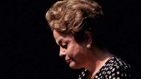 """A orientação de Dilma Rousseff nas duas eleições, de acordo com a assessoria, sempre foi """"clara e direta, para que fosse respeitada a legislação eleitoral em todos os atos de campanha""""."""