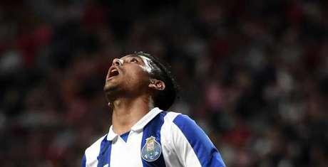 Corona lamenta chance desperdiçada pelo Porto (Foto: Francisco Leong / AFP)