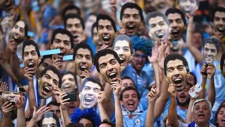 O Uruguai é considerado uma exceção dentro da América Latina e Caribe em crescimento populacional; e quando se trata de futebol, o país se supera com sua população pouco numerosa - fora duas conquistas em Copas, dois ouros em Olímpiadas e 15 títulos de Copa América