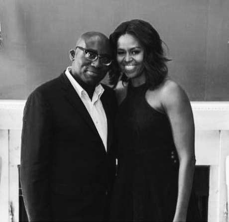 Quando Donald Trump tomou posse nos EUA, Enninful postou no Instagram uma imagem com a ex-primeira-dama Michelle Obama
