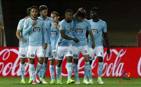 Jogadores do Celta comemoram o primeiro gol, marcado por Jozabed (Foto: Reprodução / Twitter)