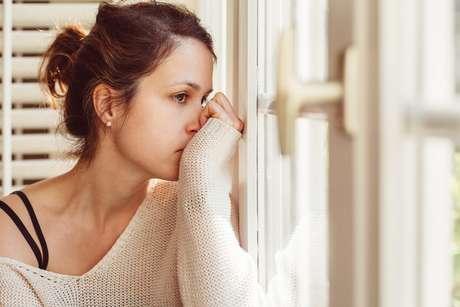 Combater a fraqueza, à ideia de que se é extremamente infeliz, injustiçado, perseguido, é a única forma de se escapar da situação. É fundamental destinar esforços para evitar cair nessas armadilhas de aumento da própria infelicidade.