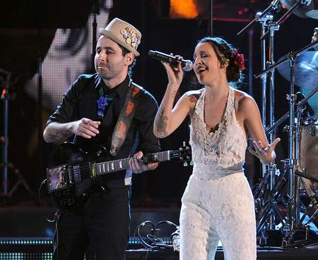 iLe es ganadora de un Grammy.
