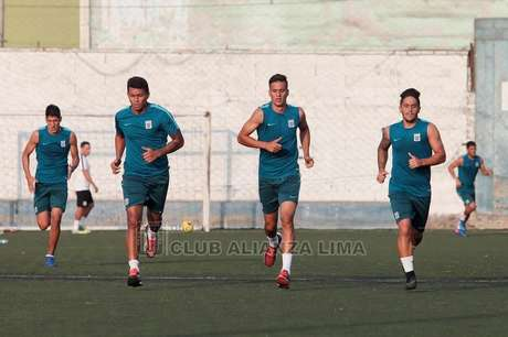 Rinaldo Cruzado ha sido muy criticado por su nivel desde su regreso a Alianza Lima.