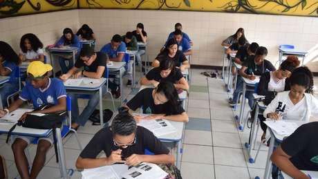 44,6% dos jovens brasileiros entrevistados se disseram 'muito satisfeitos' com suas vidas