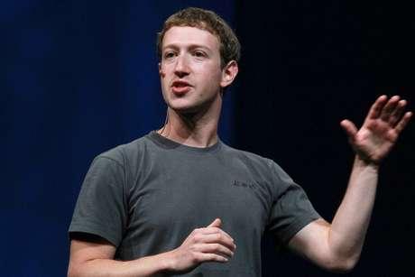 Facebook quiere leer (y escribir) tus pensamientos