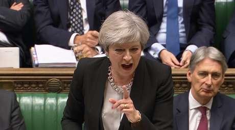 Theresa May, primeira-ministra do Reino Unido, durante discurso na Câmara dos Comuns