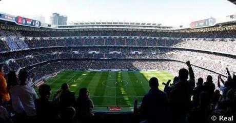 Real Madrid recebe o Barcelona no Estádio Santiago Bernabéu (Divulgação)