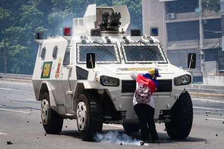 Não se sabe a identidade da venezuelana ou se ela foi presa após a manifestação