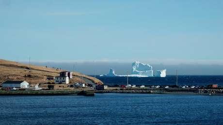 Icebergs podem encalhar ao se aproximarem da costa