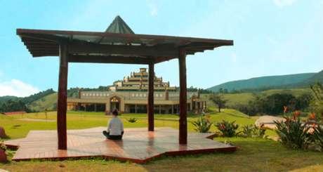 Por serem lugares religiosos, indica-se algumas regras de conduta antes de visitar