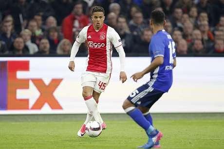 Con Dávinson Sánchez, Ajax avanza a la semifinal de la Europa League