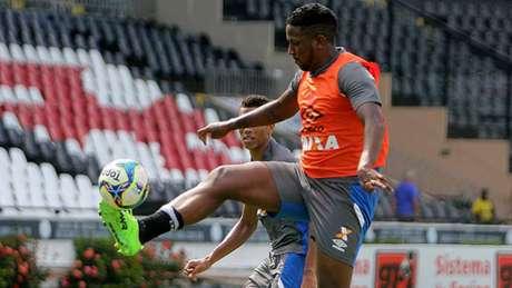 Thalles será opção do técnico Milton Mendes na partida contra o Fluminense (Foto: Paulo Fernandes/Vasco.com.br)