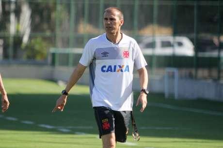 Milton Mendes confirmou a mudança e disse que o Vasco está pronto para semifinal (Paulo Fernandes/Vasco.com.br)