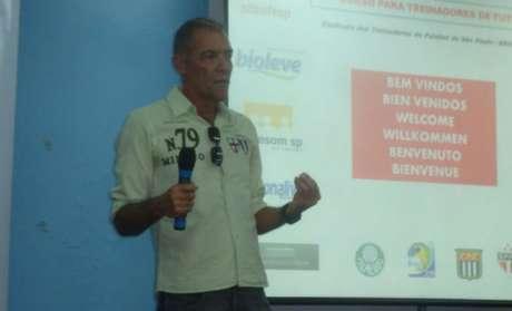 José Roberto Portella, preparador físico da campanha lusitana de 1996, retorna ao Canindé (Reprodução/Internet)