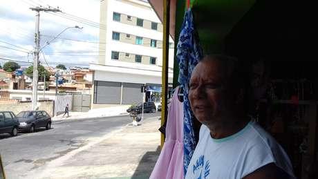 """Sebastião Bento, morador de frente do tal """"portal tridimensional"""""""