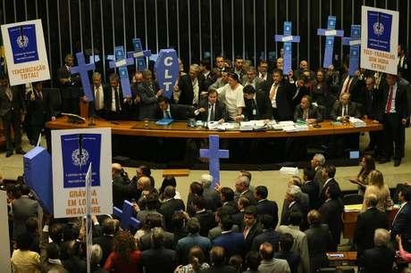 A Câmara aprovou a reforma trabalhista