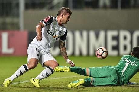 Atlético Mineiro se impone 2-0 ante el Godoy