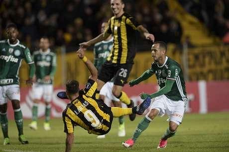 Palmeiras derrotó 2-3 ante el Peñarol