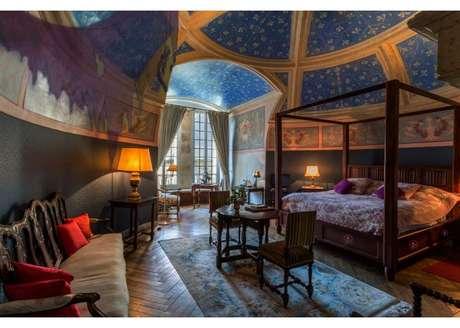 """Castelo na França é inspirado em """"A Bela e a Fera"""""""