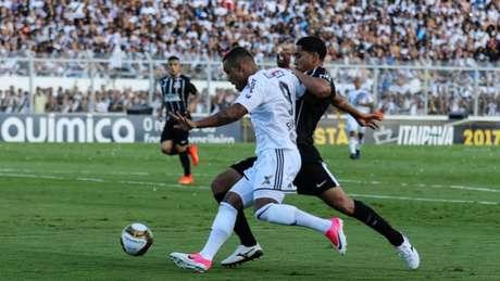 Corinthians vence Ponte por 3 a 0 e sai na frente no Paulistão (foto: MARCELLO FIM / RAW IMAGE)