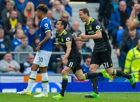 Pedro, do Chelsea, comemora gol na partida