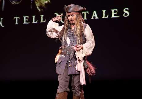Johnny Depp es el 'Capitán Jack Sparrow'.