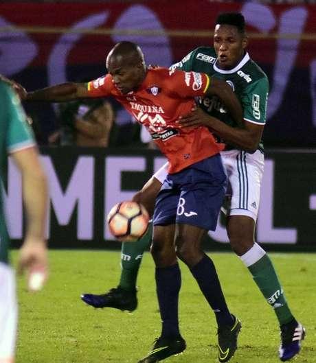 Wilstermann derrota 3-2 al Palmeiras