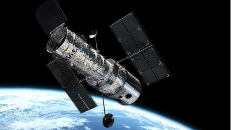 O telescópio espacial Hubble mergulhou em seis bilhões de anos luz para fazer as imagens
