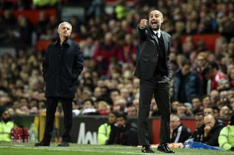 Arsenal encerra invencibilidade do United e ainda sonha com Liga dos Campeões