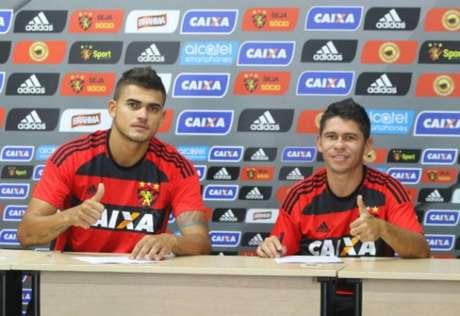 Igor Ribeiro e Osvaldo foram apresentados oficialmente no Sport. Atacante estava sem espaço no Flu e já trabalhou com Ney Franco