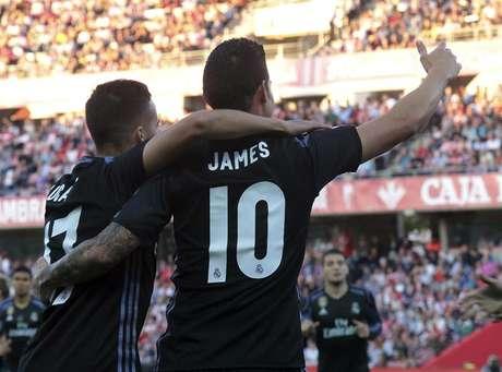 Real Madrid Goleia Com Reservas E Segue