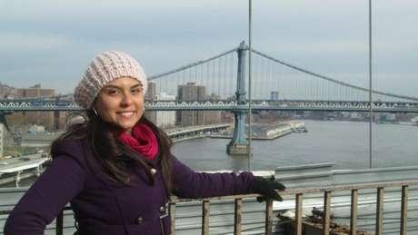 Jornalista Maria Carolina Oliveira conta ter ouvido frases como 'Samba para eu ver' e 'Seu corpo é 'hot' (quente)' nos EUA