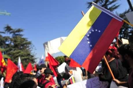 El 85% de los chilenos ve en Venezuela a una dictadura — Cadem