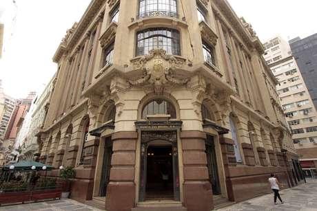 O CCBB fica localizado na esquina da Rua Álvares Penteado com a Rua da Quitanda