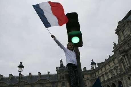 Bachelet felicita a Macron por su triunfo en las presidenciales francesas