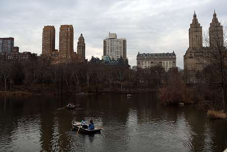 Os corpos foram encontrados flutuando em lagos do mais conhecido parque de Nova York.
