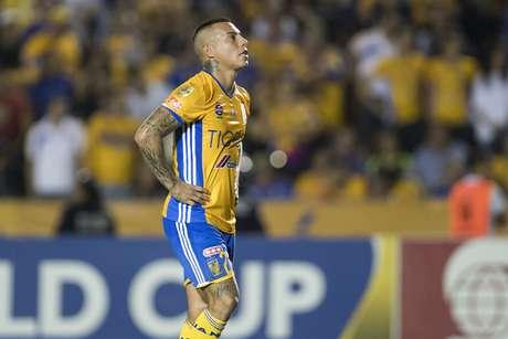 Vargas desmintió con humor supuesta pelea con compañero del Tigres