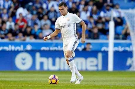 Marcelo fora das opções de Zidane para receção ao Sevilha — Real Madrid