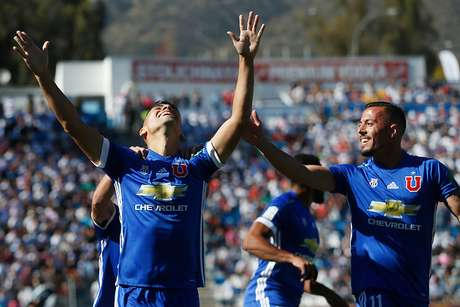 Felipe Mora, cada vez más cerca del fútbol mexicano