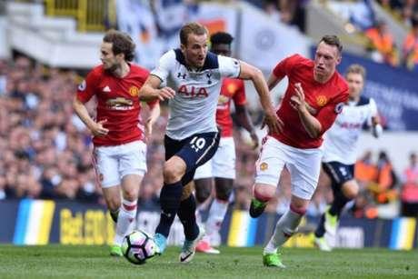 Tottenham x Manchester United